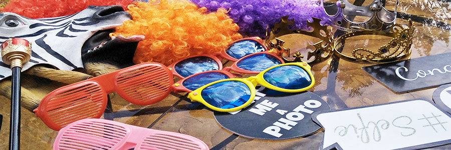 CHOOSING THE RIGHT PROPS FOR YOUR EVENT